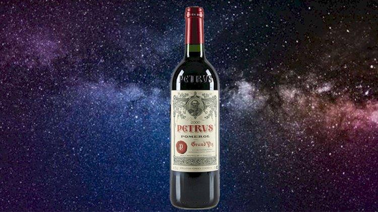 Uzayda yıllandırılan Fransız şarabı açık artırmaya çıkıyor