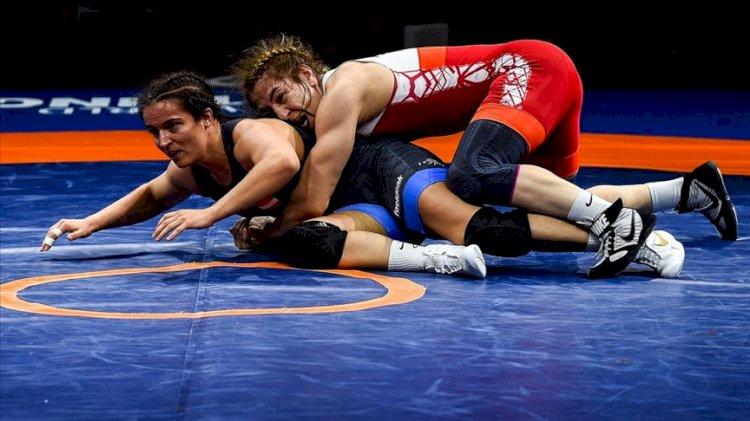 Milli güreşçi Yasemin Adar, Tokyo Olimpiyatları'na kota aldı