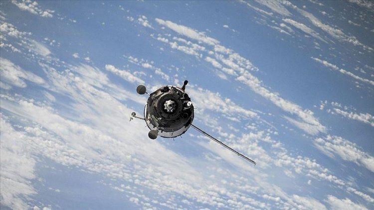 Çin'den Dünya'ya düşen roket eleştirilerine yanıt! SpaceX roketini hatırlattılar