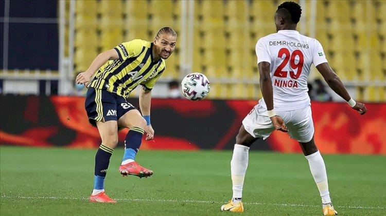 Fenerbahçe şampiyonluk yarışında fırsat tepti