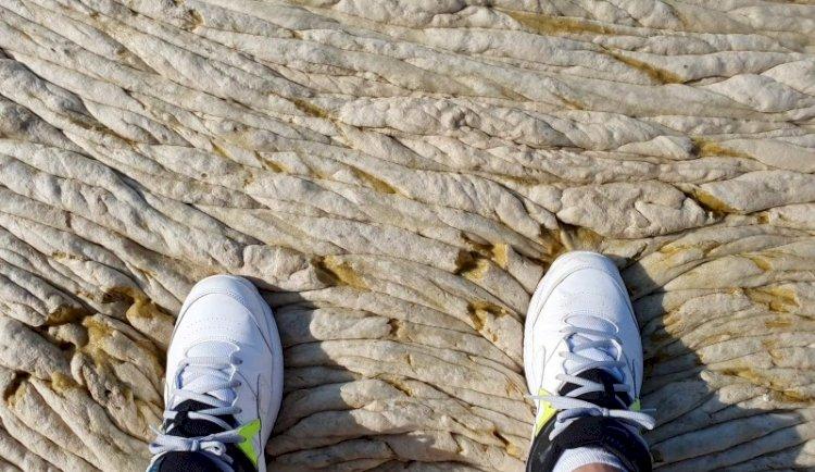 Denizin üstü beton gibi!