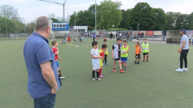 Almanya'da futbolcu fabrikası FSV Duisburg