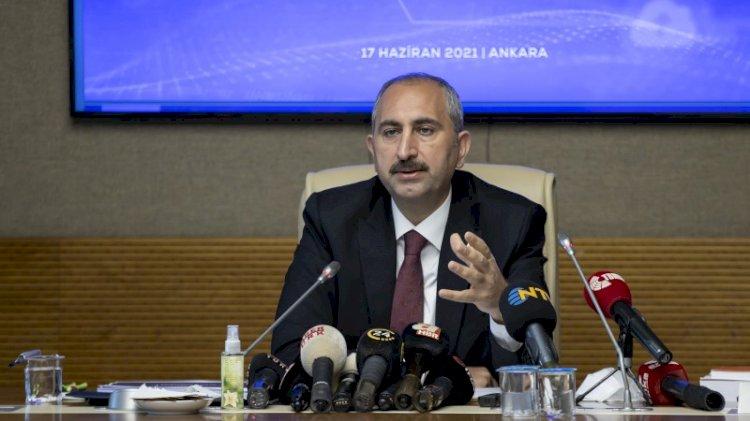 Adalet Bakanı Gül: Yargının görevi iddiaların üstüne gitmektir