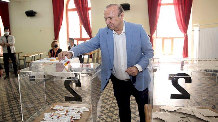 Galatasaray'da divan kurulu başkanlık seçimi başladı