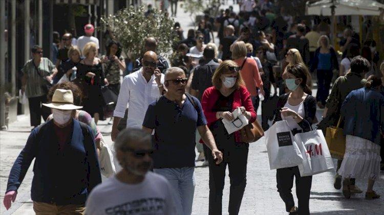 İspanya ve Yunanistan maske zorunluluğunu kaldırılıyor
