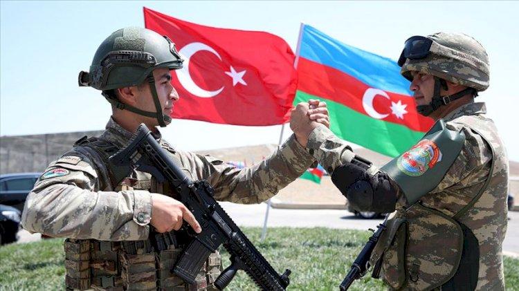 Azerbaycan Savunma Bakanı: Bizi savaş imtihanına Türk Silahlı Kuvvetleri hazırladı