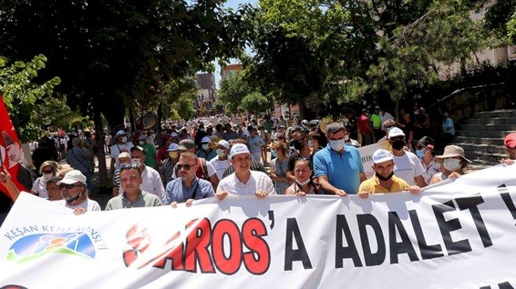 2 bin kişi toplandı: Sarosuma dokunma