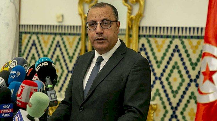 Görevden alınan Tunus Başbakanı el-Meşişi'den geri adım