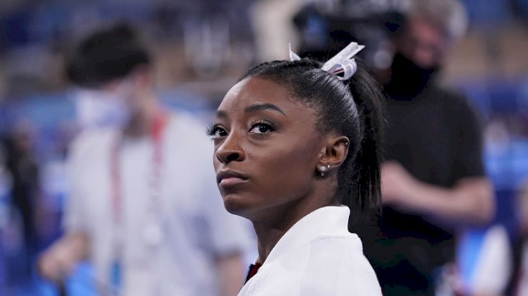 ABD'li jimnastikçi Simone Biles finallerden çekildi