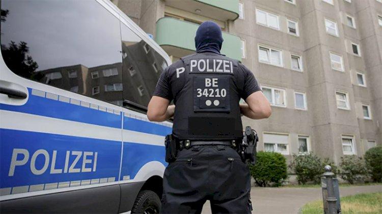 Berlin'de otoparka silahlı saldırı