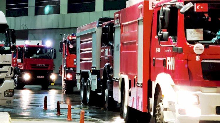 Azerbaycanlı itfaiyeciler 53 araçlık konvoyla yangın bölgelerine ilerliyor