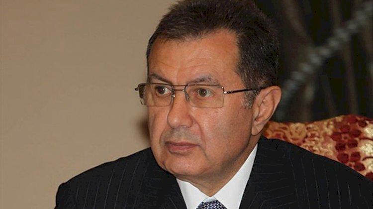 Mehmet Emin Karamehmet kulübü devrediyor...