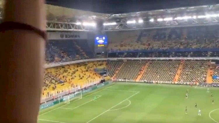 Kadıköy'deki maça bu slogan damga vurdu: Ülkede mülteci istemiyoruz!