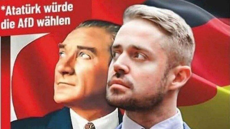 Berlin'de 'Atatürk de oy verirdi' afişine CHP'den tepki