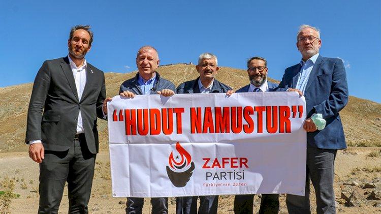 Ümit Özdağ'dan sınırda 'Hudut Namustur' pankartı