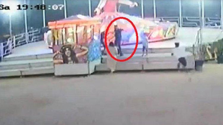 Lunaparkta balerine çocuğunu bindirmeyen görevliye silah çekti