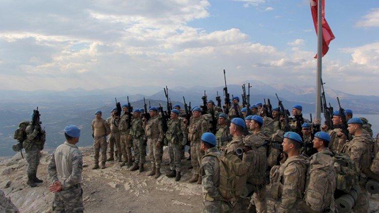 Komandolar terörle mücadele tatbikatı yaptı