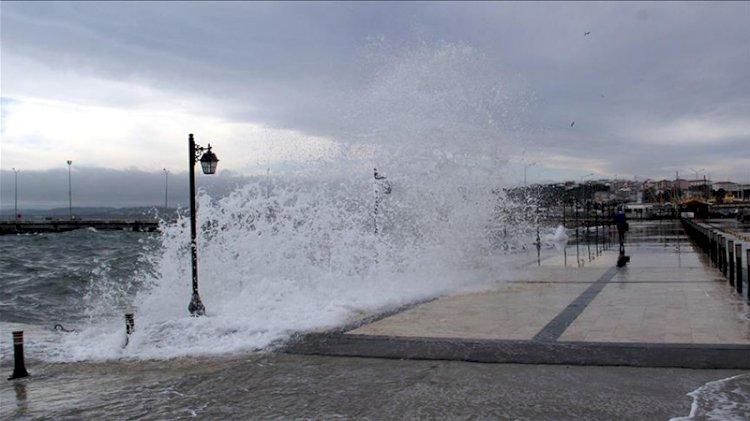 'Marmara Denizi'nde tsunami insanları denize sürükleyebilir'