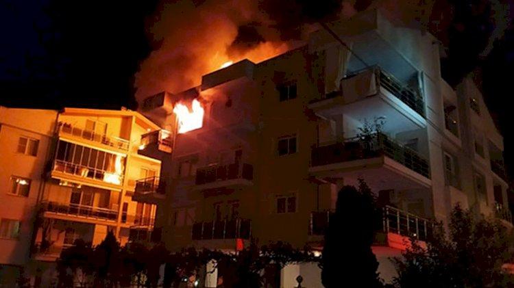 Ailesi uykudayken evi ateşe verdi