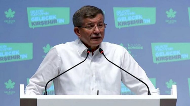 Davutoğlu'ndan ilginç iddia: Erdoğan'ın katıldığı toplantıda tartışma çıktı