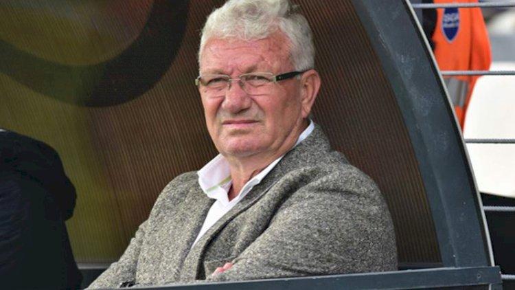 Bursaspor'un eski teknik direktörü İsmail Ertekin kalp krizi geçirdi!