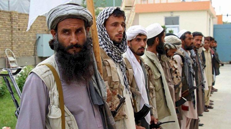 Taliban sakal tıraşını ve müzik çalmayı yasakladı