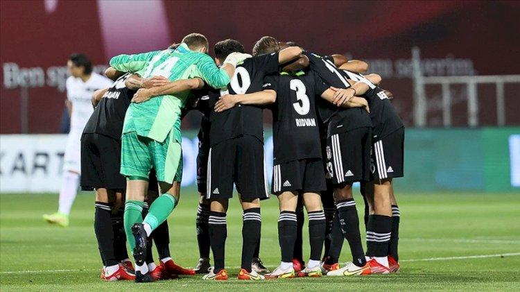 Ajax-Beşiktaş maçının ilk 11'leri belli oldu
