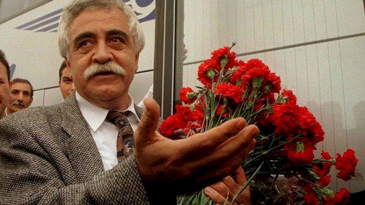 Levent Kırca anılıyor... 'Atatürk'le kalın, cumhuriyetle kalın'