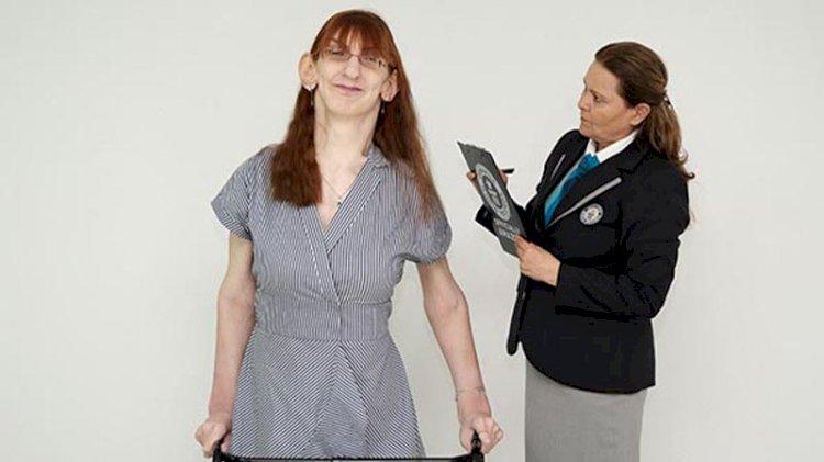 Dünyanın en uzun kadını Türkiye'den