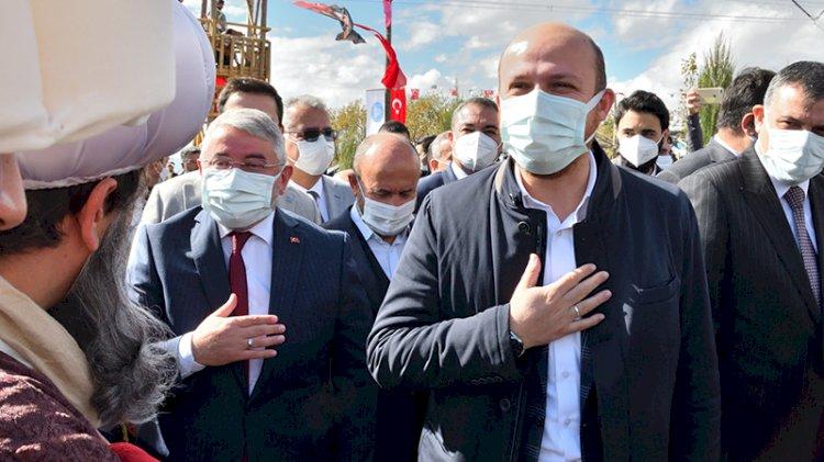 Bilal Erdoğan TÜGVA'cılara böyle seslendi: Kıskanıyorlar