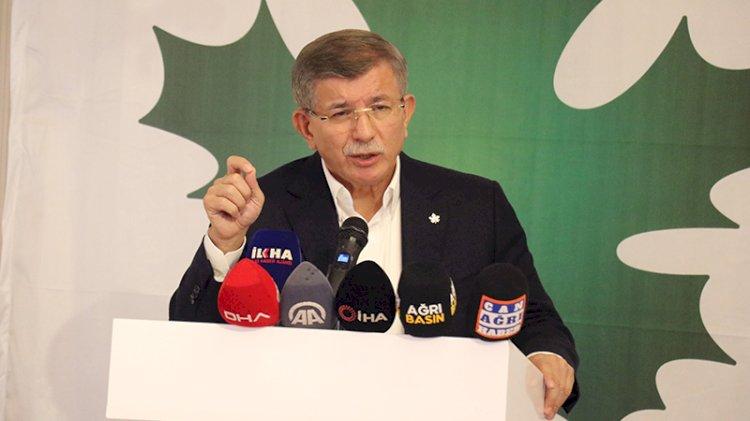 Davutoğlu: Bana en güzel hediye 'Serok Ahmet'